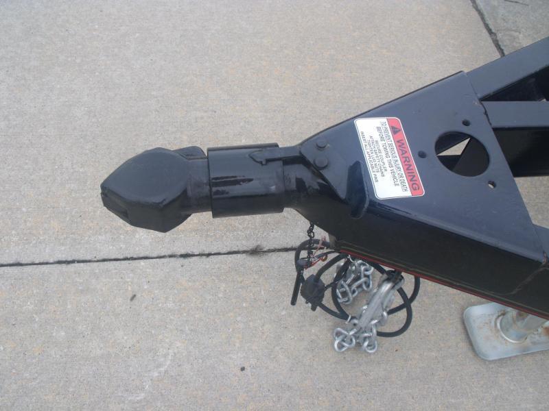 Utility Trailer 5 x 8 Ramp  2990 # Axle