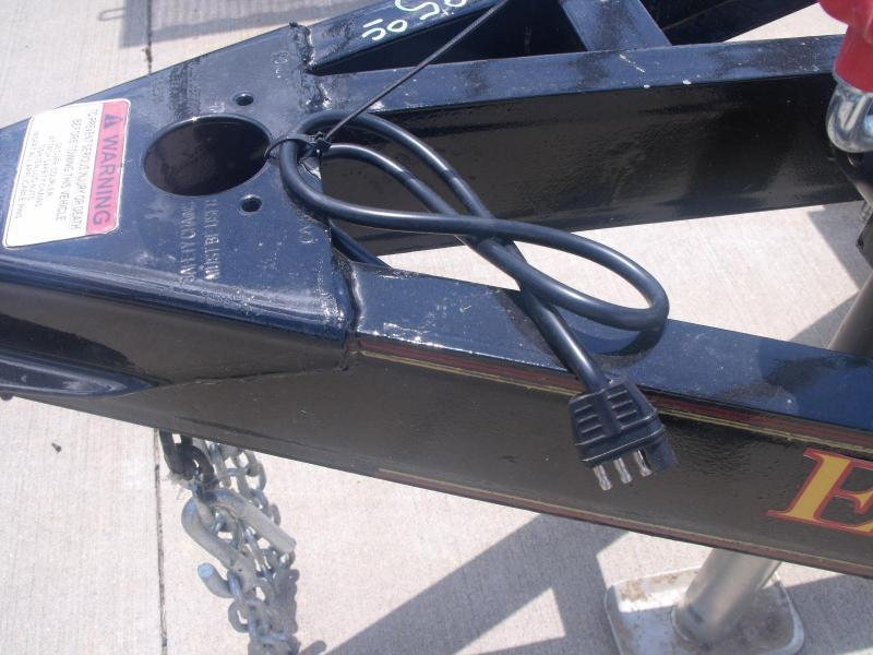 Utility Trailer  5 X 8 Utility Trailer Ramp 2990 # Axle