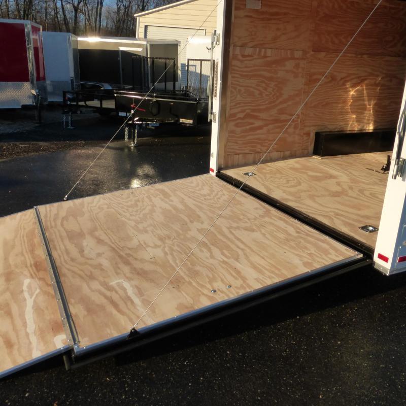 Covered Wagon Trailers 8.5X20TA Car / Racing Trailer