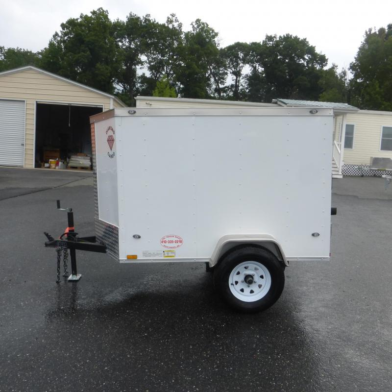 Diamond Cargo 4' x 6' V-Nose Enclosed Cargo Trailer - 2K