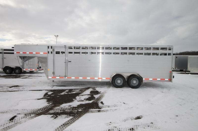 2017 Frontier 7 x 24 Enclosed Gooseneck Livestock Trailer