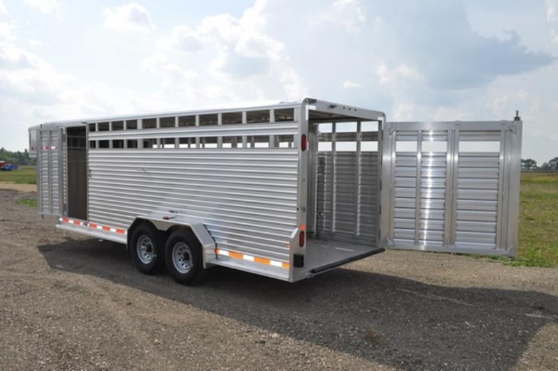 2017 Frontier All Aluminum 20 ft Gooseneck Livestock Trailer