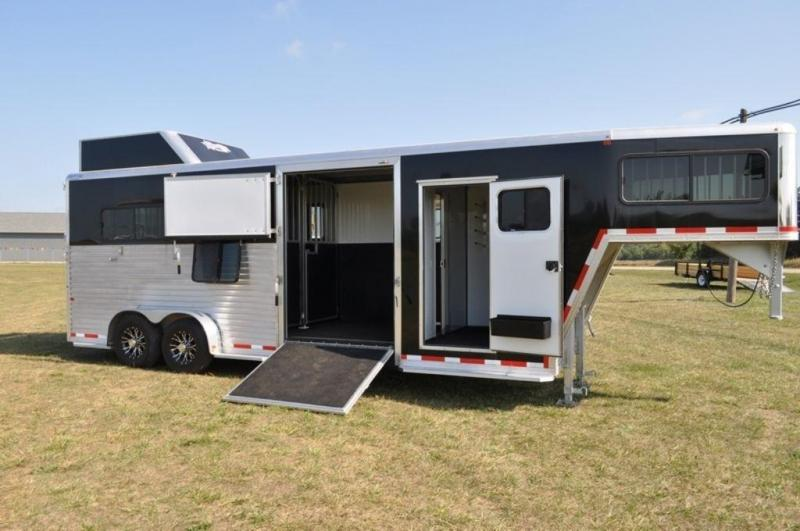 2017 Frontier 2+1 Fast Track Gooseneck Horse Trailer
